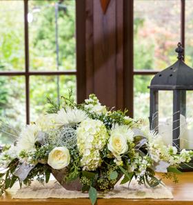 winter-floral-centerpiece